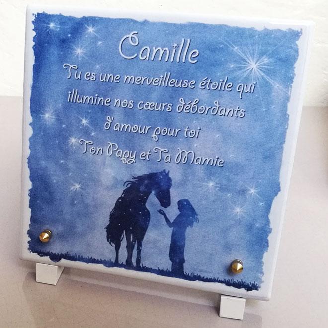 Plaques funeraires en pierre Camille: Réalisation en pierre de lave émaillée